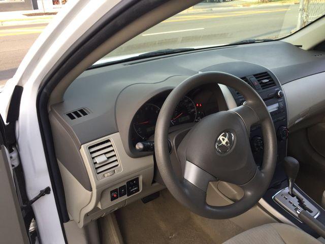 2010 Toyota Corolla LE New Brunswick, New Jersey 7
