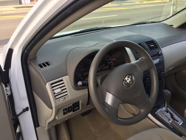 2010 Toyota Corolla LE New Brunswick, New Jersey 8
