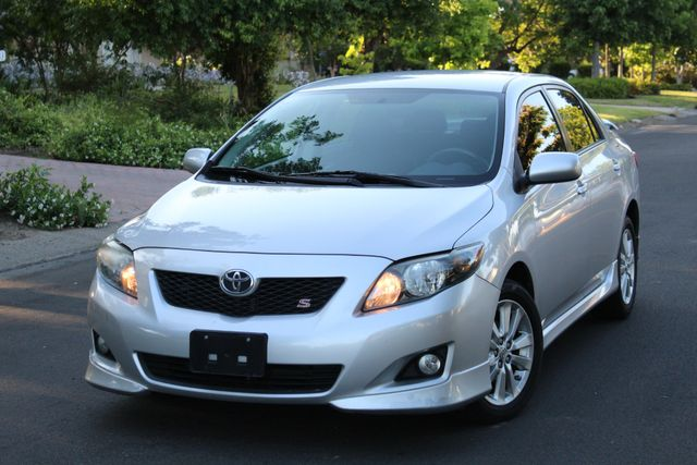 2010 Toyota COROLLA S SEDAN AUTOMATIC 1-OWNER SERVICE RECORDS in Van Nuys, CA 91406