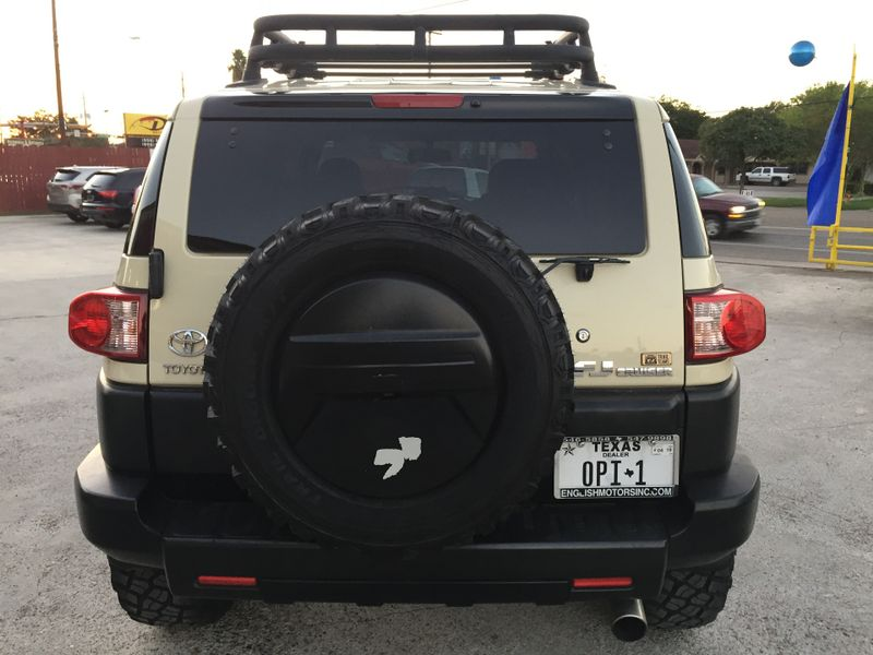 2010 Toyota FJ Cruiser Trail Teams  Brownsville TX  English Motors  in Brownsville, TX