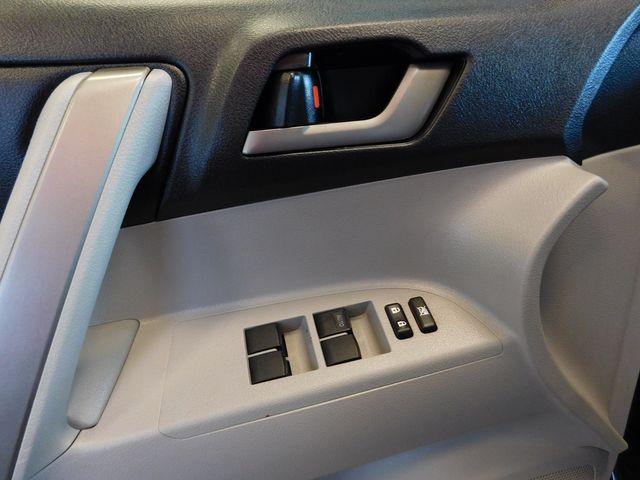 2010 Toyota Highlander SE in Airport Motor Mile ( Metro Knoxville ), TN 37777