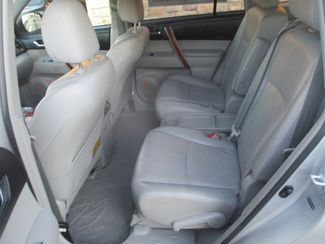 2010 Toyota Highlander Limited Farmington, MN 3