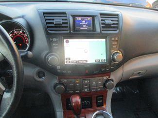 2010 Toyota Highlander Limited Farmington, MN 6