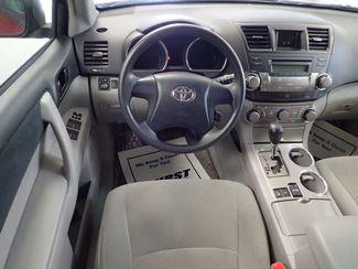 2010 Toyota Highlander Base Lincoln, Nebraska 5