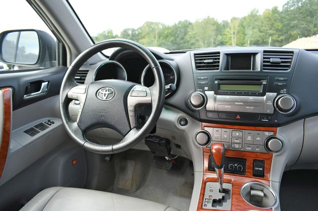 2010 Toyota Highlander Limited Naugatuck, Connecticut 17