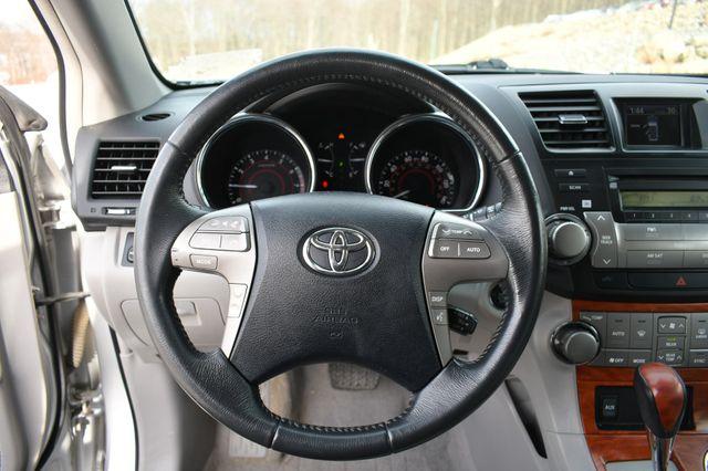 2010 Toyota Highlander Limited Naugatuck, Connecticut 15
