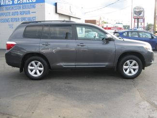 2010 Toyota Highlander Base  city CT  York Auto Sales  in , CT