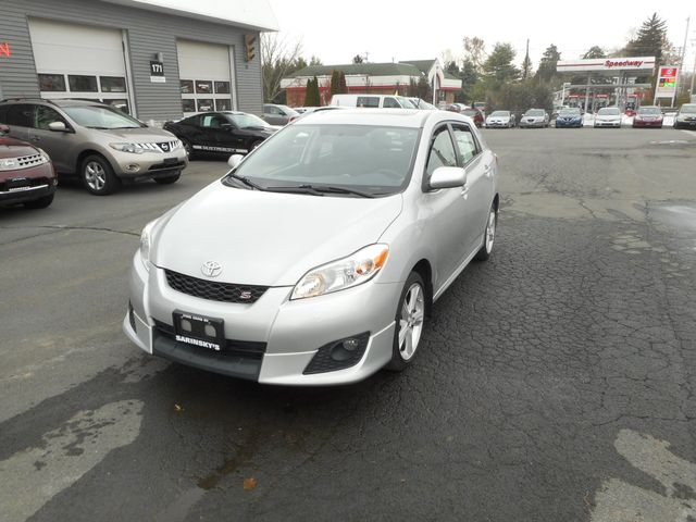2010 Toyota Matrix S New Windsor, New York 11