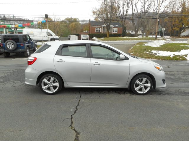 2010 Toyota Matrix S New Windsor, New York 7