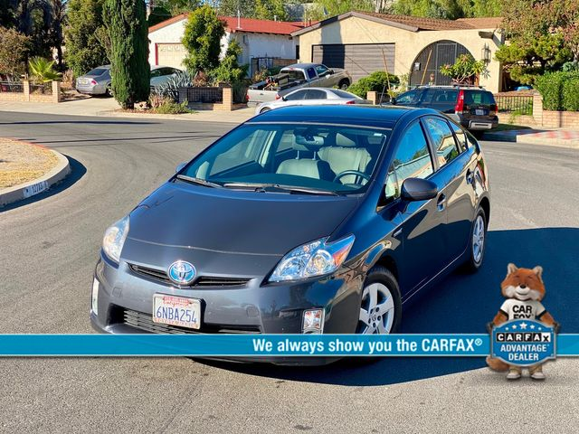 2010 Toyota PRIUS 5 SOLAR ROOF NAVIGATION NEW TIRES XENON SERVICE RECORDS