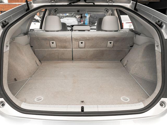 2010 Toyota Prius III Burbank, CA 21