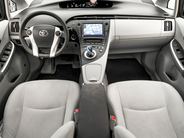 2010 Toyota Prius III Burbank, CA 8