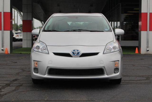 2010 Toyota Prius IV FWD - NAVIGATION - BKUP CAMERA - JBL SOUND! Mooresville , NC 16