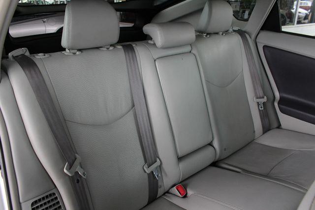 2010 Toyota Prius IV FWD - NAVIGATION - BKUP CAMERA - JBL SOUND! Mooresville , NC 12