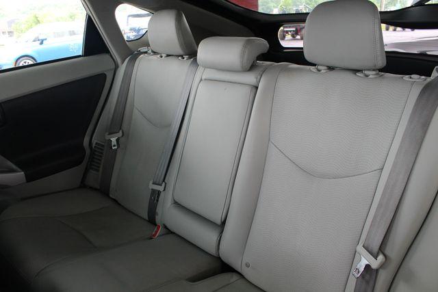 2010 Toyota Prius IV FWD - NAVIGATION - BKUP CAMERA - JBL SOUND! Mooresville , NC 10
