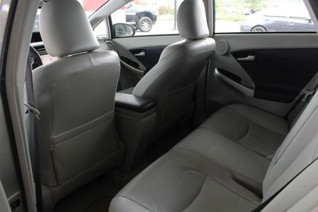 2010 Toyota Prius IV FWD - NAVIGATION - BKUP CAMERA - JBL SOUND! Mooresville , NC 29