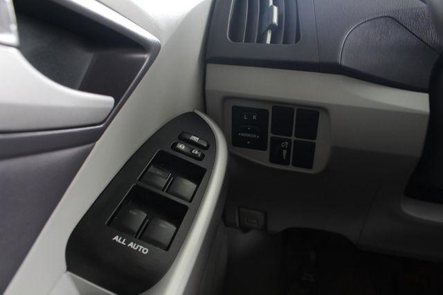 2010 Toyota Prius IV FWD - NAVIGATION - BKUP CAMERA - JBL SOUND! Mooresville , NC 36