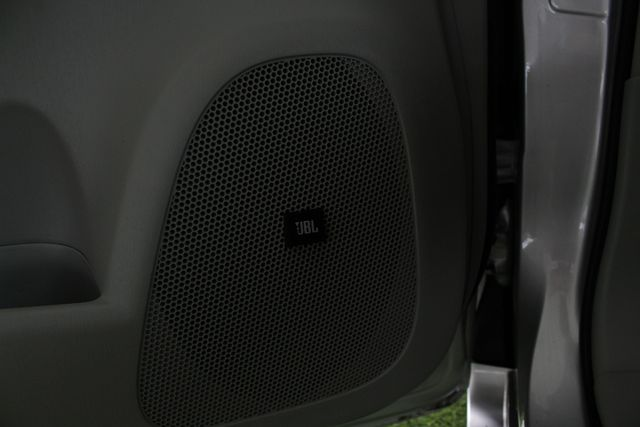 2010 Toyota Prius IV FWD - NAVIGATION - BKUP CAMERA - JBL SOUND! Mooresville , NC 35