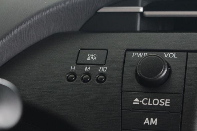 2010 Toyota Prius IV FWD - NAVIGATION - BKUP CAMERA - JBL SOUND! Mooresville , NC 31