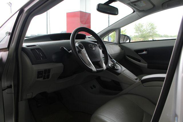 2010 Toyota Prius IV FWD - NAVIGATION - BKUP CAMERA - JBL SOUND! Mooresville , NC 26