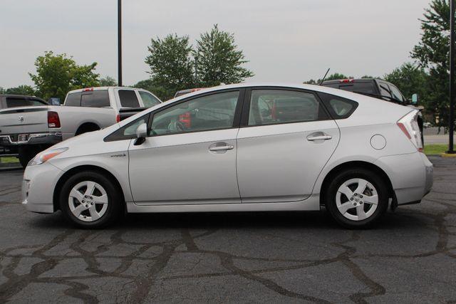 2010 Toyota Prius IV FWD - NAVIGATION - BKUP CAMERA - JBL SOUND! Mooresville , NC 15
