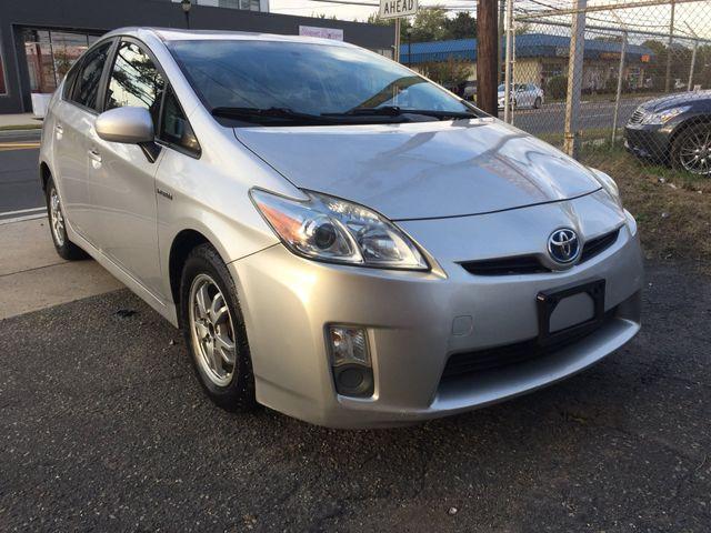 2010 Toyota Prius III New Brunswick, New Jersey 1