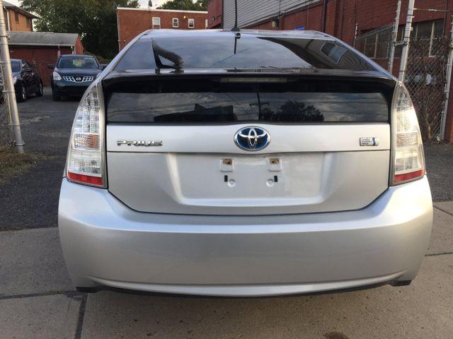 2010 Toyota Prius III New Brunswick, New Jersey 5