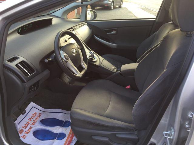 2010 Toyota Prius III New Brunswick, New Jersey 11