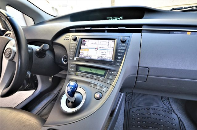 2010 Toyota Prius IV *SALVAGE* Reseda, CA 27
