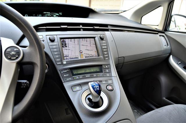 2010 Toyota Prius III in Reseda, CA, CA 91335