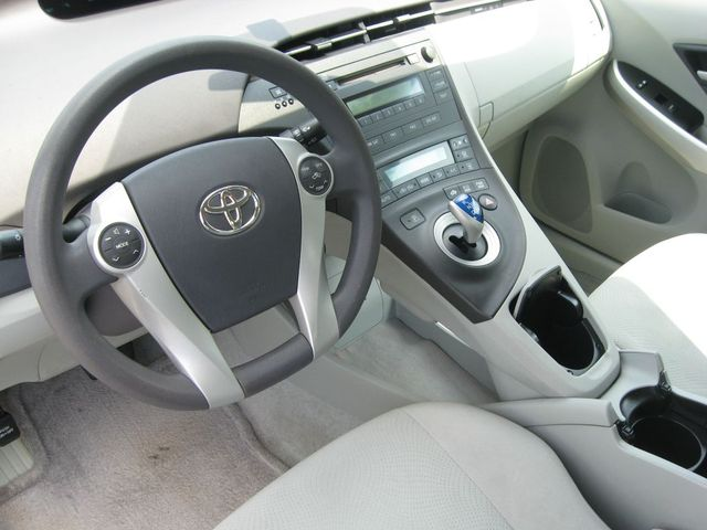 2010 Toyota Prius II Richmond, Virginia 8