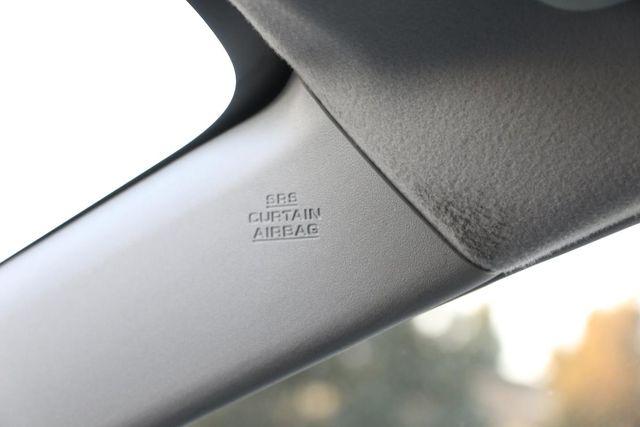 2010 Toyota Prius III Santa Clarita, CA 23