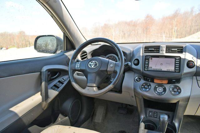 2010 Toyota RAV4 Ltd 4WD Naugatuck, Connecticut 13