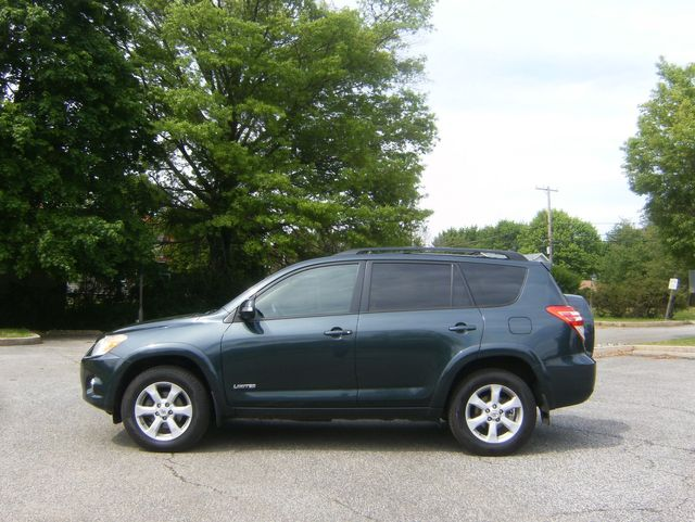 2010 Toyota RAV4 Limited AWD in West Chester, PA 19382