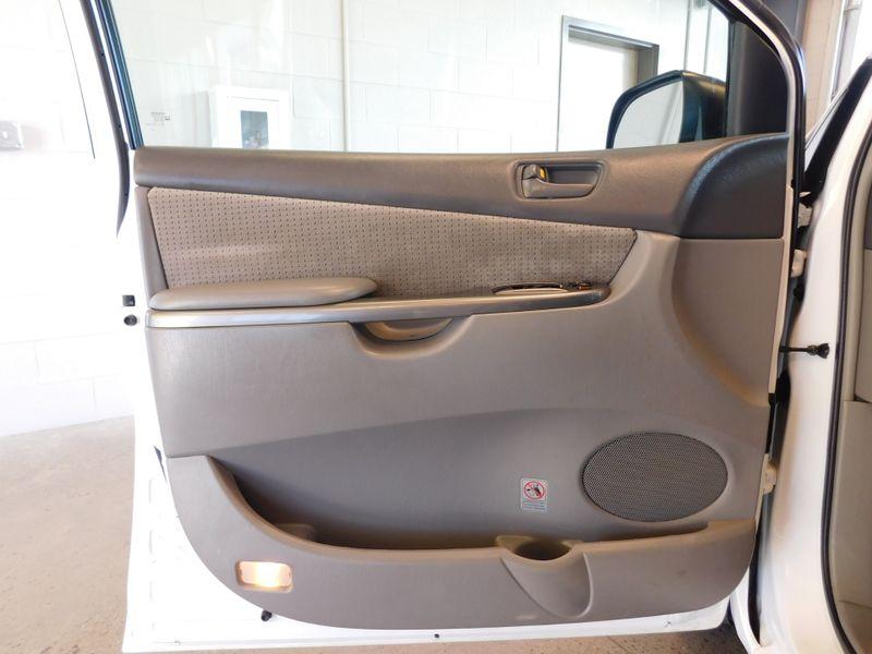 2010 Toyota Sienna CE  city TN  Doug Justus Auto Center Inc  in Airport Motor Mile ( Metro Knoxville ), TN
