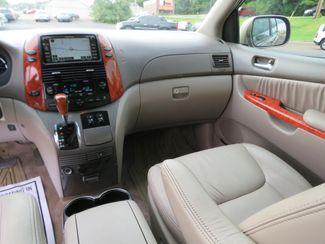 2010 Toyota Sienna XLE Ltd Batesville, Mississippi 22