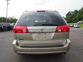2010 Toyota Sienna XLE Ltd Batesville, Mississippi 9