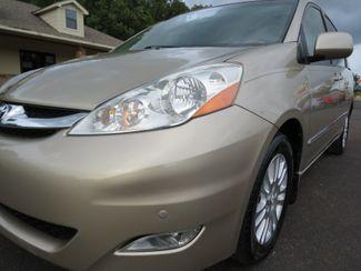 2010 Toyota Sienna XLE Ltd Batesville, Mississippi 11