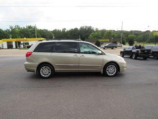 2010 Toyota Sienna XLE Ltd Batesville, Mississippi 1