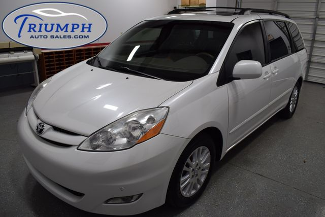2010 Toyota Sienna XLE in Memphis, TN 38128