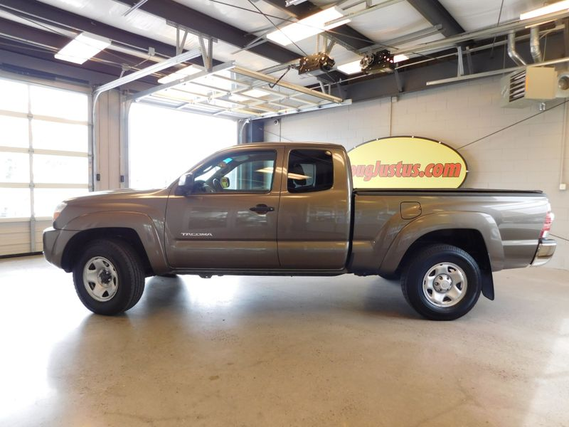 2010 Toyota Tacoma ACCESS CAB  city TN  Doug Justus Auto Center Inc  in Airport Motor Mile ( Metro Knoxville ), TN