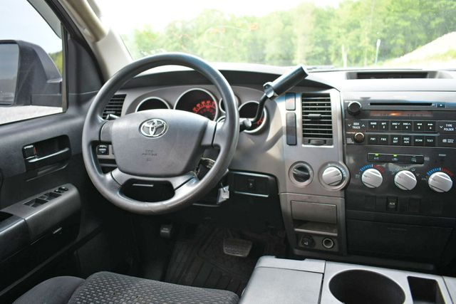 2010 Toyota Tundra 4WD Naugatuck, Connecticut 17