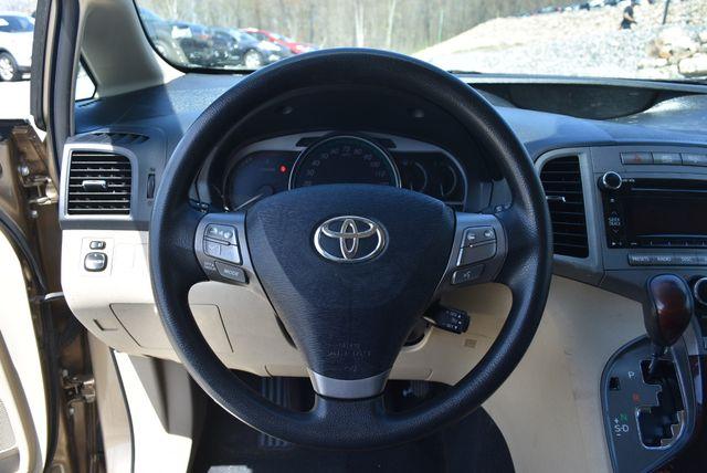2010 Toyota Venza Naugatuck, Connecticut 13