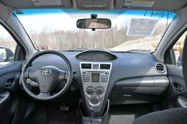 2010 Toyota Yaris Naugatuck, Connecticut 18