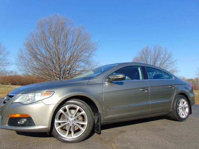 2010 Volkswagen CC Luxury in Leesburg, Virginia 20175