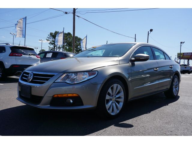 2010 Volkswagen CC Sport in Memphis, Tennessee 38115