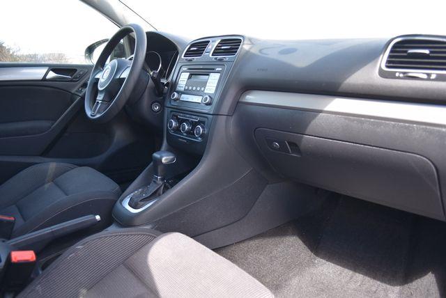 2010 Volkswagen Golf Naugatuck, Connecticut 9