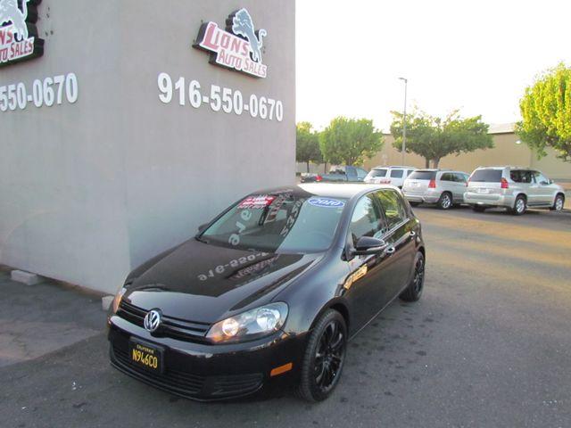 2010 Volkswagen Golf Extra Clean