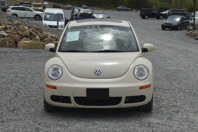 2010 Volkswagen New Beetle Naugatuck, Connecticut 7