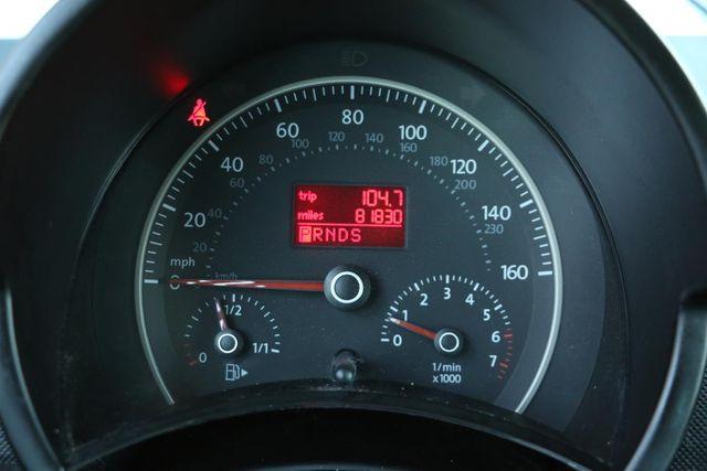 2010 Volkswagen New Beetle Santa Clarita, CA 14